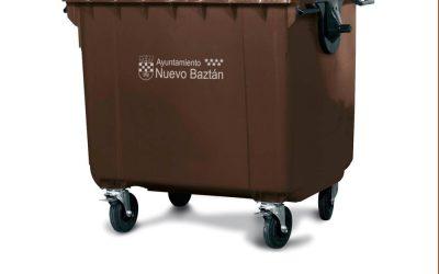 Nuevo Baztán apuesta por el reciclaje. Contenedores marrones.